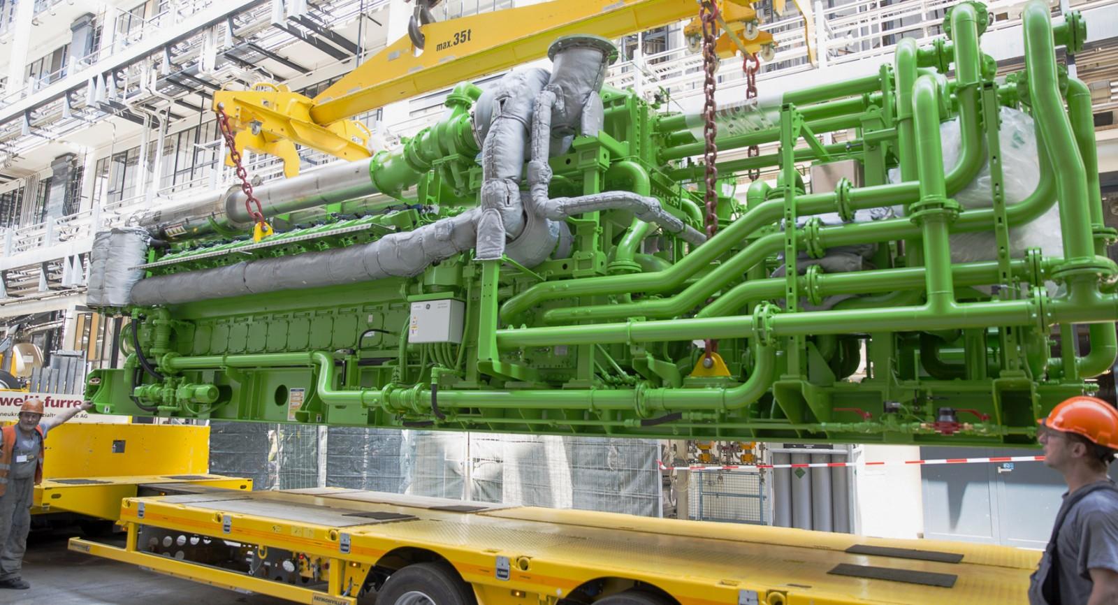 Einbau des Gasmotors. Bild: Roche
