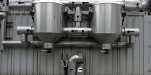 Der Reinigungseinrichtung für das Klärgas kommt eine wichtige Bedeutung zu, damit der Schwefelgehalt zu keinen Schäden des Gasmotors führt.