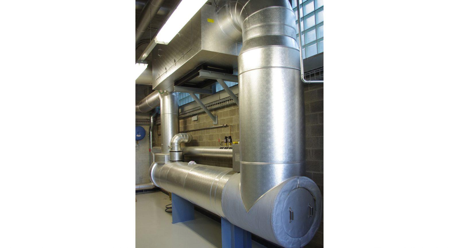 Optimale Wärmenutzung sowie eine Abgasreinigung nach modernsten Standards sind Bestandteil der er-neuerten BHKW-Anlage.