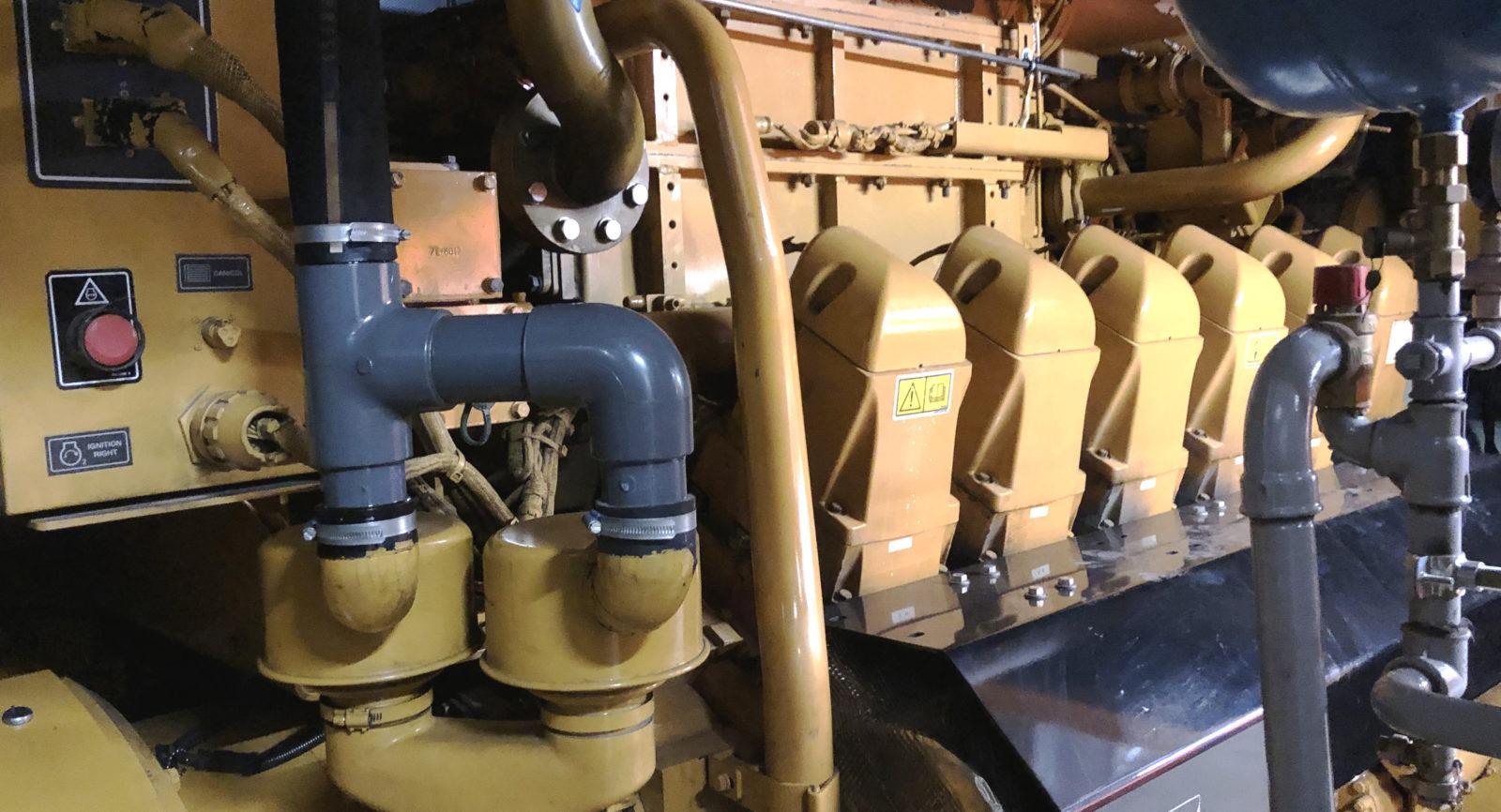 Mit der Stromproduktion auf der Basis des Gasmotors werden sowohl der allgemeine Elektrizitätsbedarf des Zentrums als auch die im Stadtgebiet installierten Wärmepumpen versorgt.