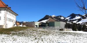 Die Bäderanlage – Bains de la Gruyère – stellt einen wichtigen Wärmeabnehmer dar und erlaubt durch seinen Tieftemperaturverbrauch eine Optimierung des Energieverbrauchs.