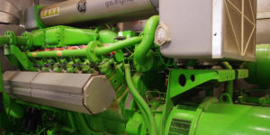 Das BHKW weist eine elektrische Leistung von 637 kW auf. Die Wärme erreicht rund 700 kW, der Gesamtwirkungsgrad liegt bei 83 Prozent.