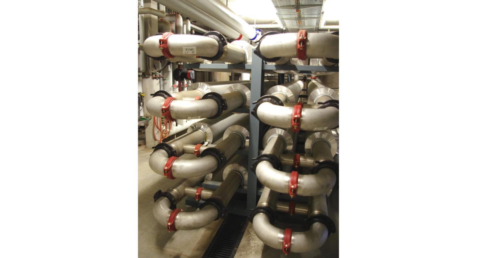 Zur Hygienisierung von angelieferten Lebensmitteln wird eine Einheit genutzt, die mit Wärmetauschern das Co-Substrat auf 70 °C erwärmt.