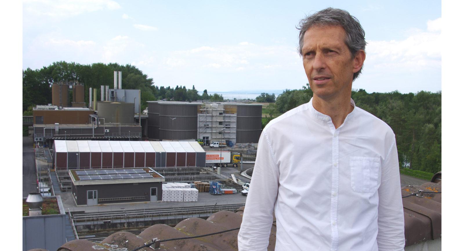 Dr. Christoph Egli, Geschäftsführer des Abwasserverbands Altenrhein (AVA), bestätigt: « In unserem Energiekonzept spielen die beiden Blockheizkraftwerke eine wichtige Rolle.»